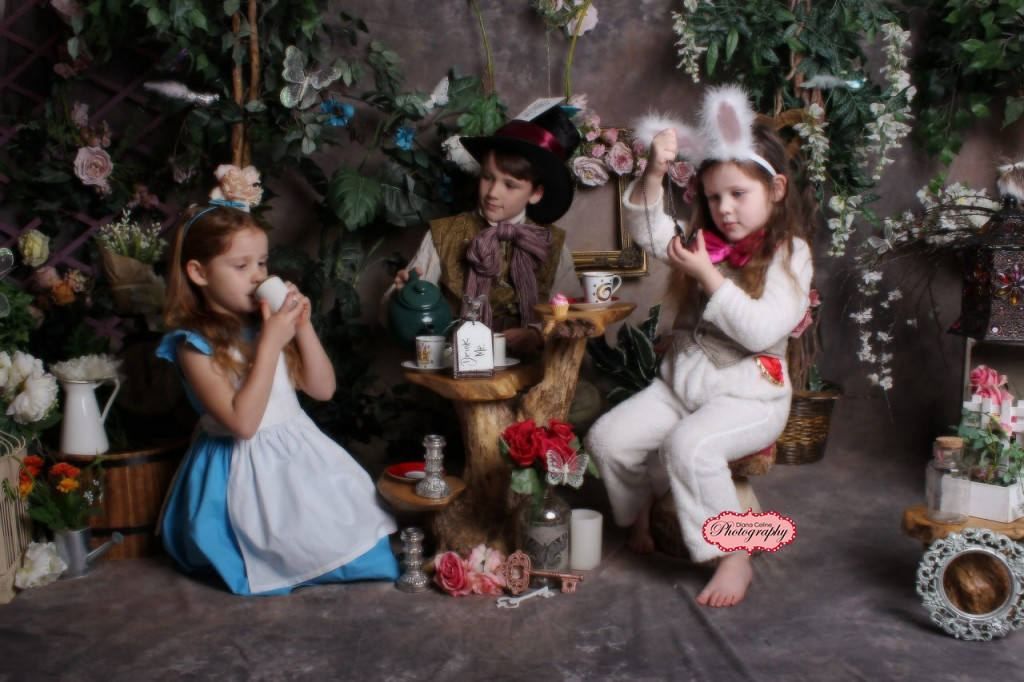 Alice in wonderland experience southport photographer (4)